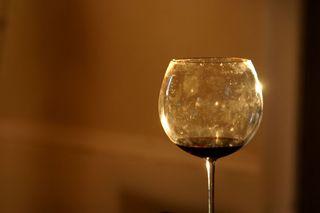 Fingerprints-on-a-wine-glass